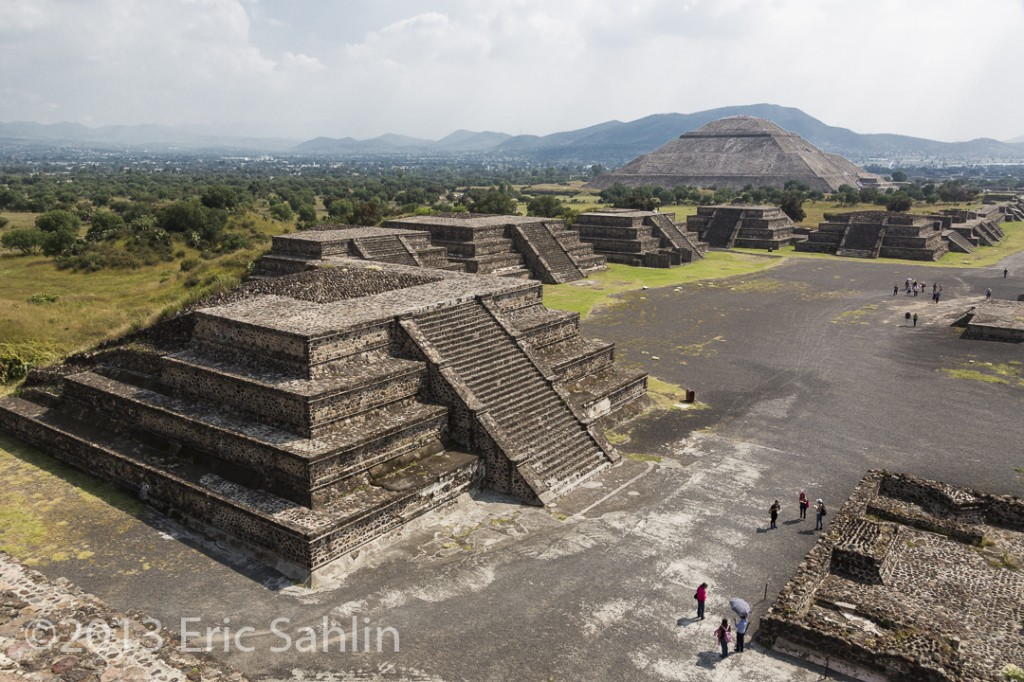 Pyramid of the Sun with the lesser pyramids